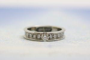 遺骨リング、高品質ダイヤモンド、
